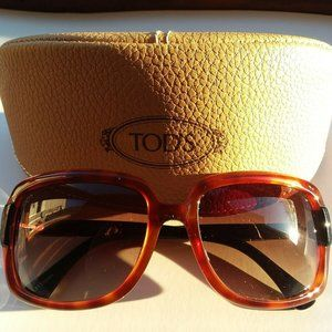 TOD'S sunglasses and case *like new*